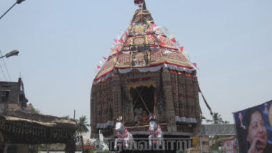 Photo of Thiruvaiyaru Sapthasthanam Chithirai Festival 2015 Part 3 (Thiruther) Video